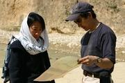 水資源の調査を続ける児島.jpg