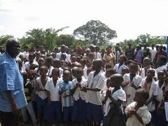 Mambo_students_singing_s.jpg