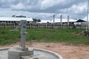 校舎のほか井戸も建設した