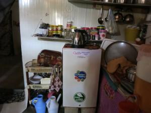 シリア難民支援・冷蔵庫配布