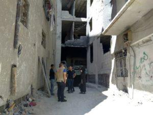 住民と建物の状態を確認